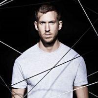 Calvin Harris lança parceria com Ellie Goulding e bomba no Youtube!