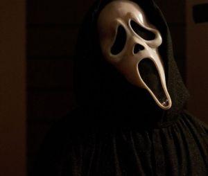 """Nova temporada de """"American Horror Story"""" vai se inspirar em filmes de terror clássicos dos anos 80"""
