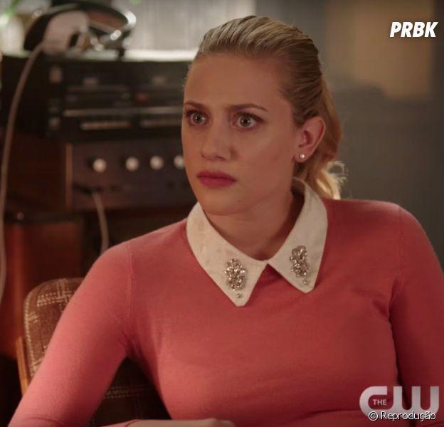 "Em ""Riverdale"":Betty (Lili Reinhart) prende Alice(Mädchen Amick) no bunker e tenta trazê-la de volta para a realidade"