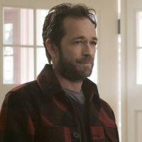 """""""Sumiço"""" de Luke Perry como Fred em """"Riverdale"""" é explicado em episódio"""
