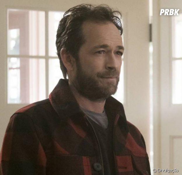 """Sumiço de Fred (Luke Perry) é explicado em """"Riverdale"""""""