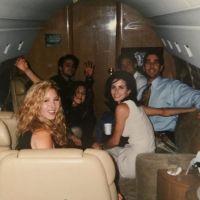 """A Courteney Cox postou uma foto antiga do elenco de """"Friends"""" e a história por trás dela é icônica!"""
