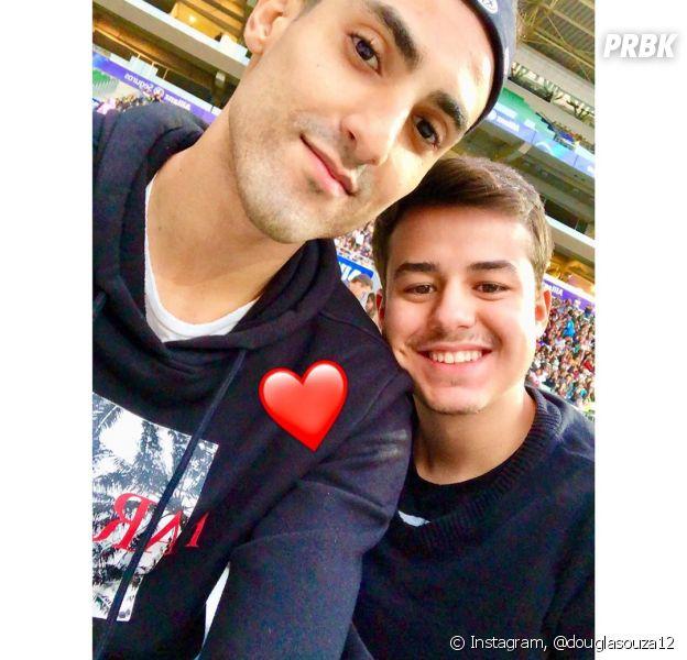 Douglas Souza, da Seleção Brasileira de Volêi, usa BTS em declaração para o  namorado - Purebreak