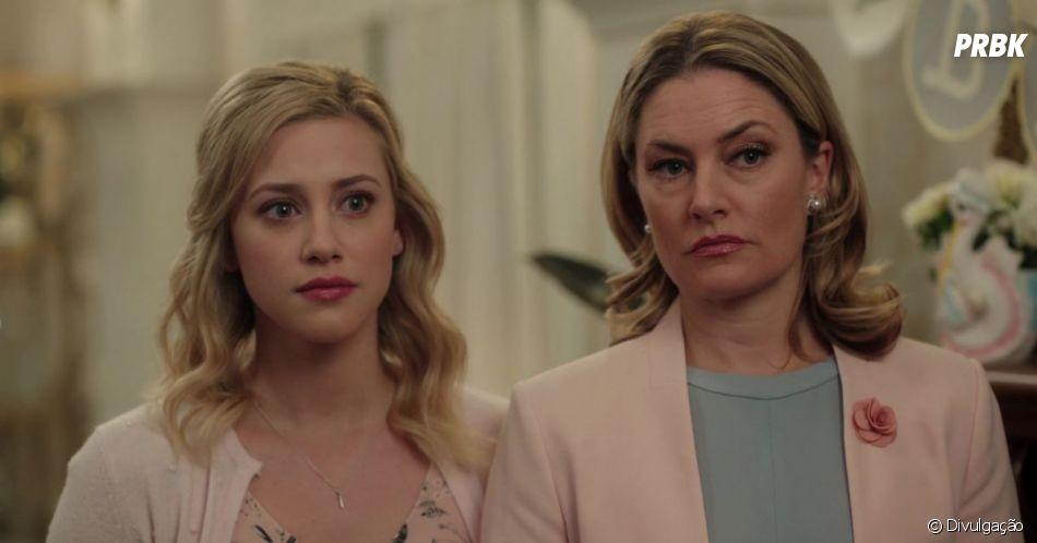 "Em ""Riverdale"", Mädchen Amick interpreta Alice, mãe de Betty (Lili Reinhart)"
