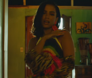 """Anitta também lançou recentemente o clipe de """"Make It Hot"""", parceria com o grupo Major Lazer"""