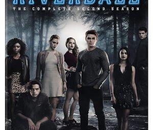"""""""Riverdale"""": novo professor de Jughead (Cole Sprouse) será um cara sombrio e misterioso"""