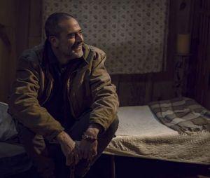 """Mudança de Negan (Jeffrey Dean Morgan) já era percebida em """"The Walking Dead"""""""