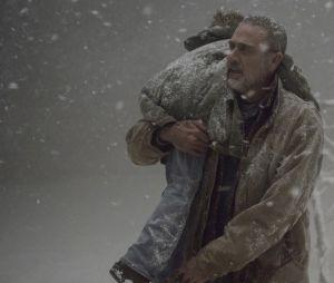 """Negan (Jeffrey Dean Morgan) teve seu momento de rendição em """"The Walking Dead"""""""