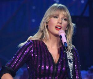 """Taylor Swift esta numa fase mais romântica e o álbum """"Lover"""" é a prova disso"""