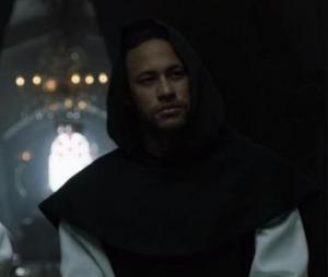 """Neymar surge como monge brasileiro e edição de episódio de """"La Casa de Papel"""""""