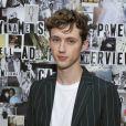Troye Sivan é criticado por não querer responder questão pessoal sobre sexualidade