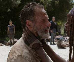 "Há quem diga que Michonne (Danai Gurira) sairá de ""The Walking Dead"" para procurar Rick (Andrew Lincoln)"