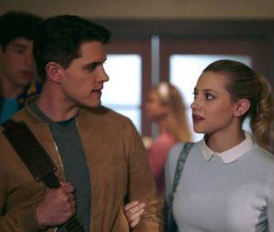 """""""Riverdale"""": Lili Reinhart diz que ninguém morre em """"Riverdale"""""""