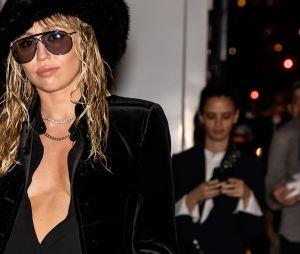 Miley Cyrus fez uma cirurgia nas cordas vocais