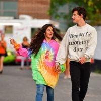Camila Cabello está cansada de ter que explicar que seu namoro com Shawn Mendes é real