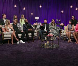 """""""Casamento às Cegas"""": elenco se juntou para um episódio de reunião"""