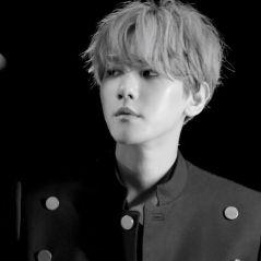 SM Entertainment informa: Baekhyun, do EXO, deve lançar um álbum novo até o final de maio