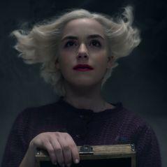 """E os fãs de """"O Mundo Sombrio de Sabrina"""" que fizeram um abaixo-assinado para salvar a série?"""
