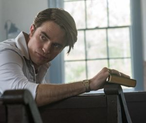 "Robert Pattinson é Preston em ""O Diabo de Cada Dia"", que estreia dia 16 de setembro de 2020"