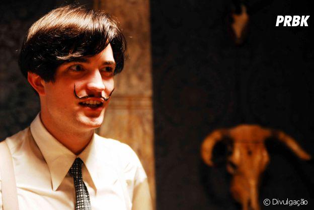 "Robert Pattinson viveu Salvador Dalí, em ""Poucas Cinzas: Salvador Dalí"", de 2008"