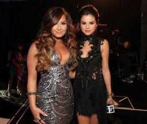 Selena Gomez e Demi Lovato ficaram conhecidas depois que estrelaram suas produções no Disney Channel