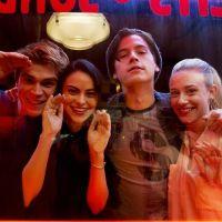 """Quiz: você sabe dizer por qual motivo estes personagens de """"Riverdale"""" estavam chorando?"""