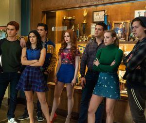 """Teste: por que estes personagens de """"Riverdale"""" estão chorando?"""