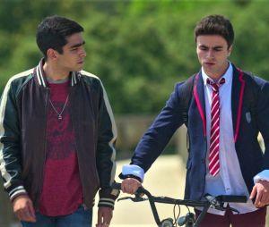 """""""Elite"""": Itzan Escamilla e Omar Ayuso confirmam rumor de que vão sair da série"""