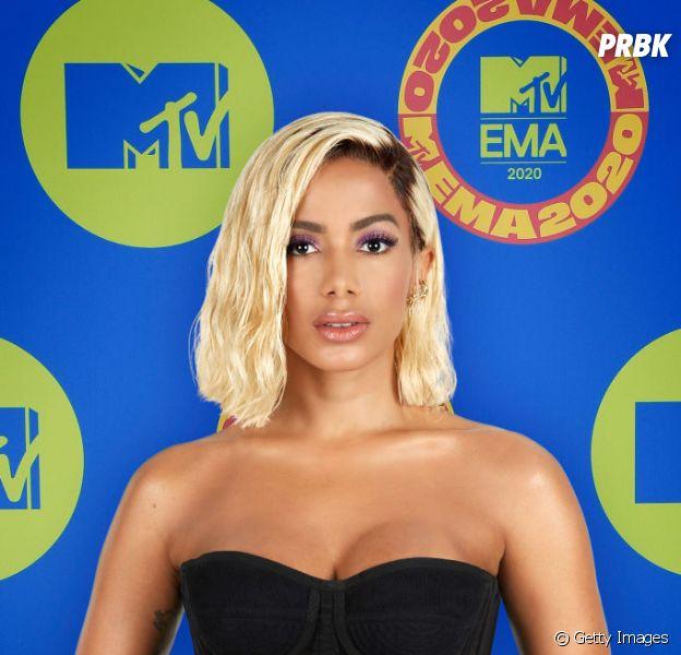 Anitta desmente que raspou o cabelo por conta do candomblé