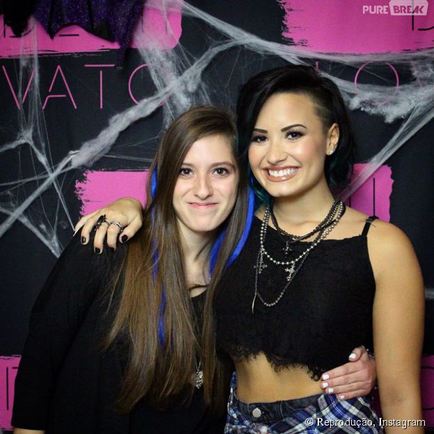 meet and greet demi lovato brasilia furniture