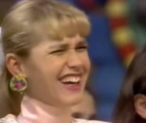Menina se atrapalha e Xuxa ri