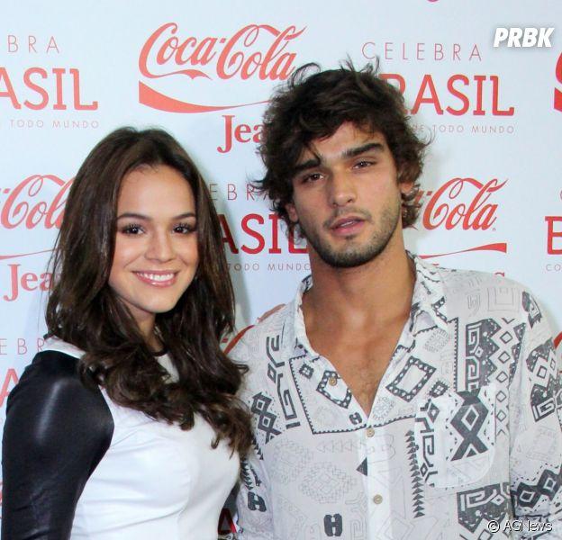 Bruna Marquezine e Marlon Teixeira não cansam de ser fofos e publicar fotos com legendas românticas