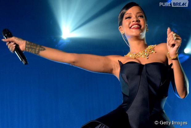 Rihanna pode lançar nova música no Grammy 2015