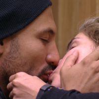 """No """"BBB15"""": Fernando troca beijos com Aline, vai pra baixo do edredom e Amanda chora muito!"""