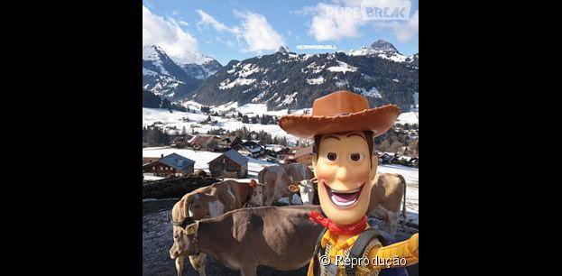 """Wood (@camposwell), de """"Toy Story"""", se exibindo no Instagram em viagem para a Suiça!"""