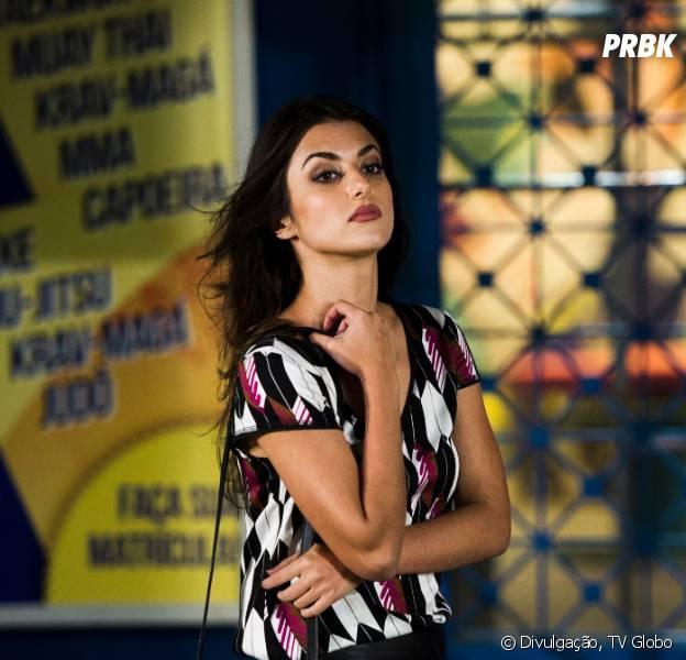 """Jade (Anaju Dorigon) vai descobrir o segredo de Pedro (Rafael Vitti) e Karina (Isabella Santoni) em """"Malhação"""""""
