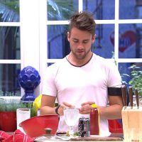 """No """"BBB15"""": Rafael é o cozinheiro da casa: """"É melhor fazer jantar top que gastar R$200"""""""