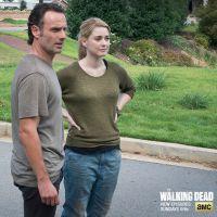 """Em """"The Walking Dead"""": Na 5ª temporada, atriz revela as intenções dos residentes de Alexandria"""