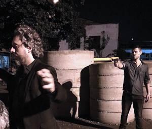 """Ao tentar salvar Cristina (Leandra Leal), José Alfredo (Alexandre Nero) quase morre assassinado por Maurília (Carmo Della Vecchia) na novela """"Império"""""""