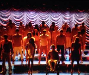 """Em """"Glee"""", a última cena terminou com a galera toda agradecendo no escuro"""