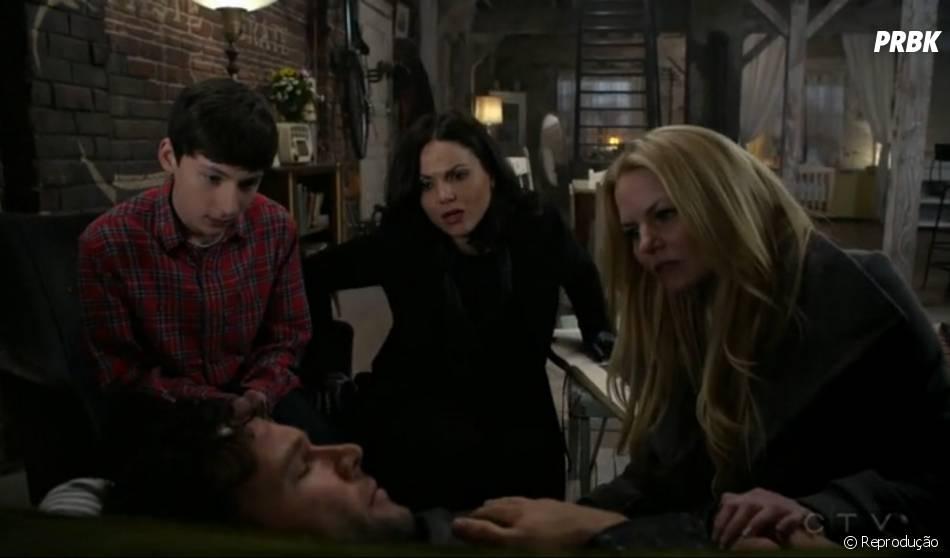 """Henry (Jared S. Gilmore), Regina (Lana Parrilla) e Emma (Jennifer Morrison) """"Once Upon a Time"""""""