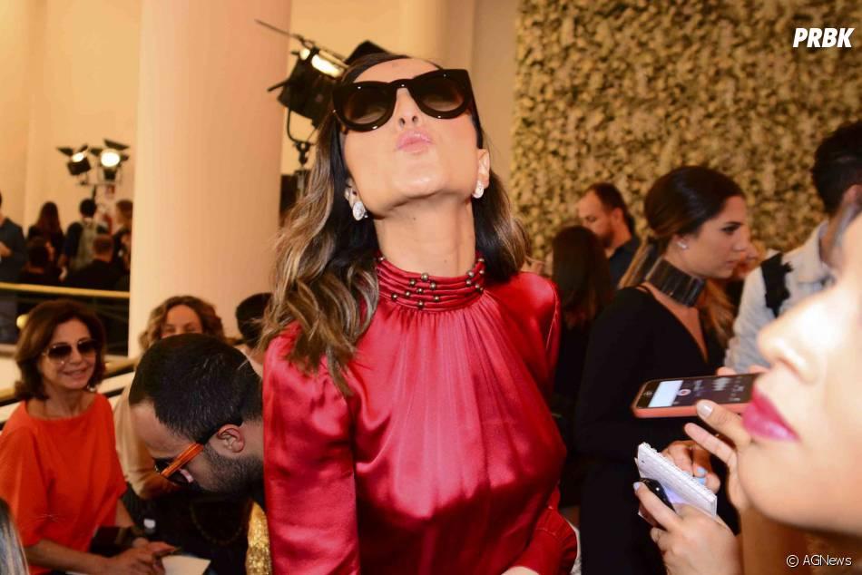 Sabrina Sato marcou presença no São Paulo Fashion Week, durante o desfile de Reinaldo Lourenço