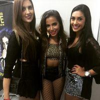 """Amanda e Tamires, do """"BBB 15"""", prestigiam show de Anitta em São Paulo!"""