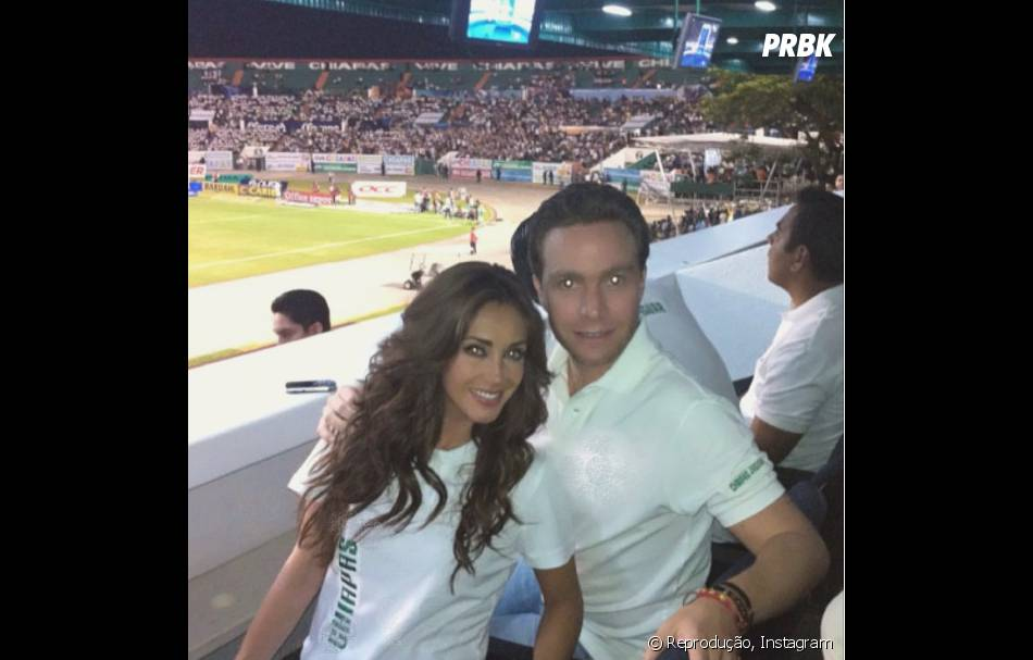 Anahi e Manuel Velasco ficaram noivos em 2014