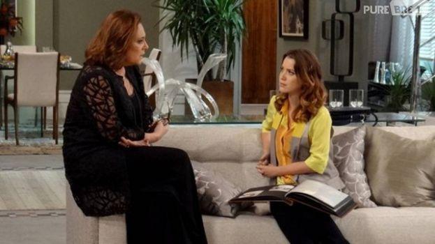 """Laura (Nathalia Dill) descobre que Tina (Elizabeth Savala) é sua mãe em """"Alto Astral"""""""