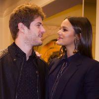 """Te contei? Em """"I Love Paraisópolis"""", Mari (Bruna Marquezine) e Benjamin começam a namorar!"""