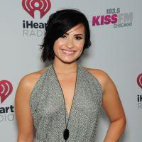 """Novo single de Demi Lovato: locutor fala sobre música e diz que é """"maior hit da carreira"""""""