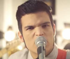 """Banda Versalle no clipe da música """"Verde Mansidão"""""""
