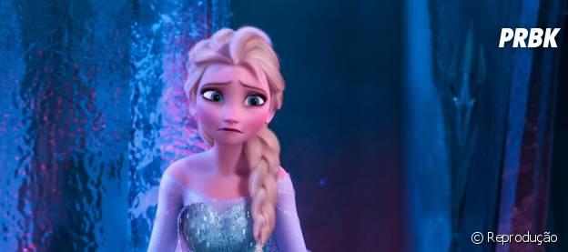 """Bolo """"feio"""" da Elsa viraliza na Internet. Conheça a emocionante história por trás desta sobremesa"""