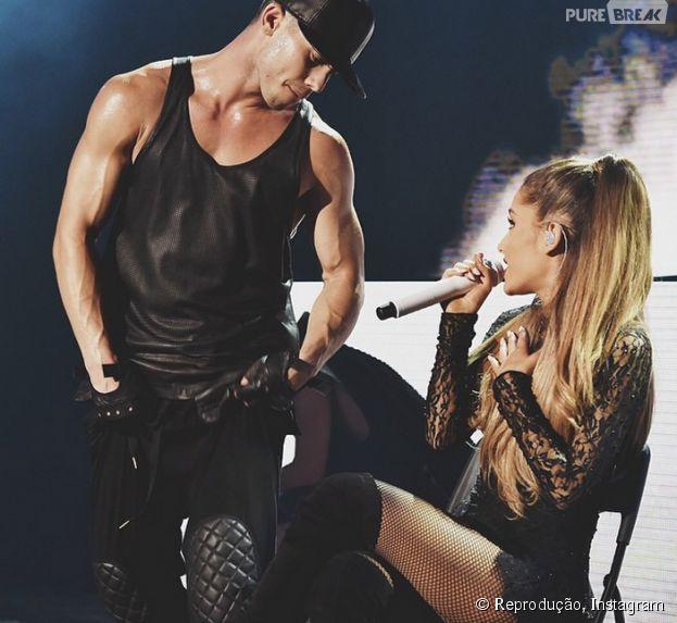 Ariana Grande e Ricky Alvarez foram vistos no maior love em uma loja de doce nos EUA. Será que vai dar em namoro?